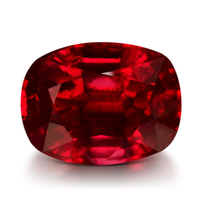 Le rubis est la pierre qui correspond au signe astrologique chinois du dragon