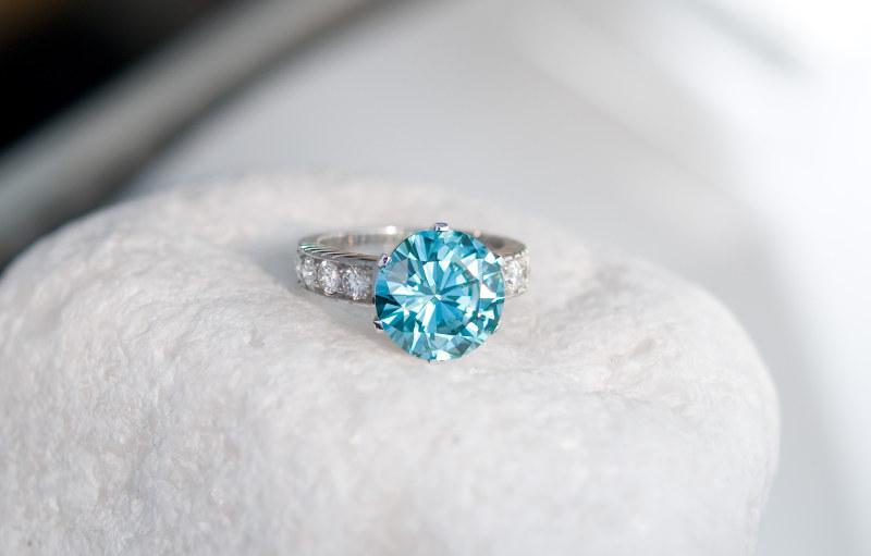 Bijoux en diamant bleu